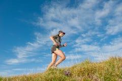 Laufen in den Bergen Lizenzfreie Stockfotografie