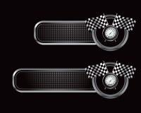 Laufen der Markierungsfahnen und des Geschwindigkeitsmessers auf schwarzen überprüften Tabulatoren Stockfotos