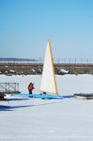 Laufen des Eis-Bootes Stockfotos
