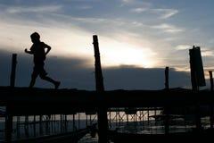 Laufen lassen Sie Pier Stockbild