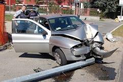 Laufen lassen-weg-Straße Zusammenstoß im Stadtgebiet Stockfotografie