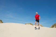 Laufen in Natur lizenzfreie stockbilder
