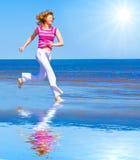 Laufen Sie unter Sonne lizenzfreies stockfoto