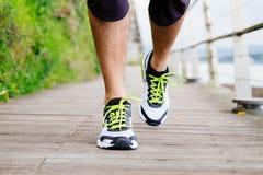 Laufende Schuhe Lizenzfreies Stockfoto
