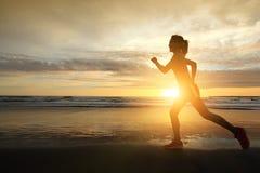 Laufende Sportfrau Lizenzfreies Stockfoto