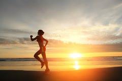 Laufende Sportfrau Lizenzfreie Stockfotos