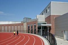 Laufende Spur der Highschool Lizenzfreie Stockfotos