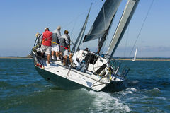 Laufende Yacht Lizenzfreie Stockfotografie