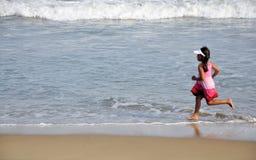 Laufendes Mädchen Lizenzfreie Stockfotos