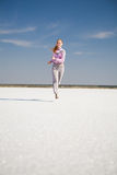 Laufendes Mädchen lizenzfreie stockfotografie