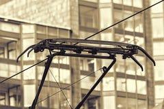 Laufkatzendraht einer Tram Stockbild