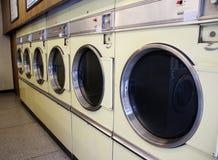 laundromat μηχανές στοκ εικόνα