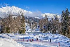 ` Laura, GAZPROM ` de berg en het toeristencentrum Dichtbij Sotchi, Rusland op 31 Januari, 2016 Stock Fotografie