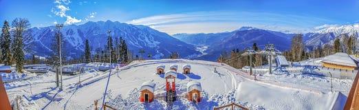 Laura, GAZPROM-skitoevlucht Dichtbij Sotchi, Rusland op 31 Januari, 2016 Stock Foto