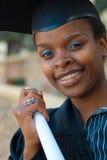 Laurea dello studente di college dell'afroamericano Immagine Stock