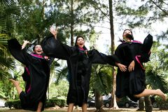 Laureati dell'università fotografie stock