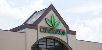 Laurelwood Shopping Center, Germantown, Tennessee. Stock Photos