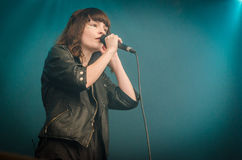 Lauren Mayberry von Chvrches Stockbild