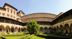Laurentian arkivträdgård i Florence Arkivbilder