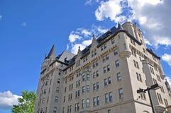 Замок Laurier Fairmont в Оттаве, Канаде стоковые изображения rf