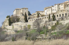 Lauris, perched village in Provence Stock Photos