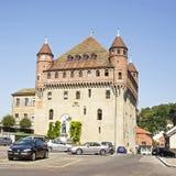 Lausanne helgon-Maireslott (Chateauhelgon-Maire) i sommartid Royaltyfri Fotografi