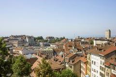 Lausanne horisontsikt till Genève sjön i sommartid Arkivbild