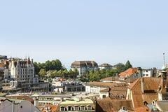 Lausanne horisontsikt till Genève sjön i sommartid i Switzerlan Royaltyfria Foton