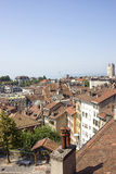 Lausanne-Skylineansicht zum Geneva See im Sommer Stockfotografie
