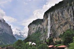 lauterbrunnen瑞士谷瀑布 免版税库存照片