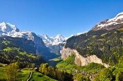 lauterbrunnen den switzerland dalen Fotografering för Bildbyråer