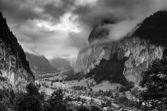Lauterbrunnen dramático Fotos de archivo libres de regalías
