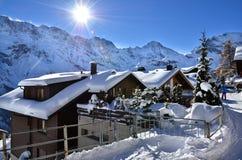 Lauterbrunnen, ¼ MÃ rren в горах рождества снега Швейцарии Стоковые Изображения RF