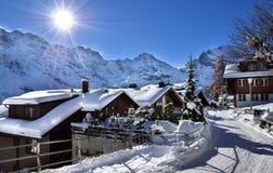 Lauterbrunnen, ¼ MÃ rren в горах рождества снега Швейцарии Стоковые Фотографии RF