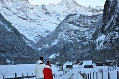 Lauterbrunnen, ¼ MÃ rren в горах рождества снега Швейцарии Стоковое Изображение RF