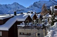 Lauterbrunnen, MÃ ¼ rren w Szwajcaria Śnieżnych Bożenarodzeniowych górach Zdjęcie Royalty Free