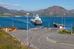 Lauvik ferry arriving Royalty Free Stock Photos