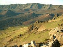 Lava-Fluss und vulkanische Krater Stockfotos