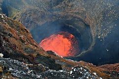 Lava sjö av Marum Volcano i den Ambrym ön, Vanuatu Fotografering för Bildbyråer