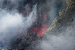 Lava und Dämpfe Lizenzfreie Stockbilder