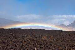 Lava und Regenbogen Teide-Vulkan Teneriffa-Kanarienvogel stockbild