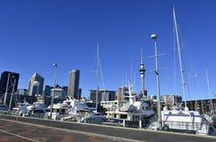 Lavabo del puerto del viaducto de Auckland - Nueva Zelanda Imagen de archivo libre de regalías