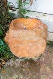 Lavabo hecho de piedras grandes fotografía de archivo libre de regalías