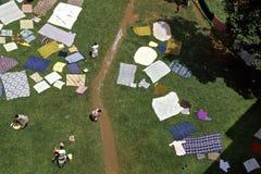 Lavadero al aire libre en el hospital de Mulago, Kampala Foto de archivo libre de regalías