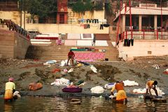 Lavadero en el río de Ganges Foto de archivo libre de regalías
