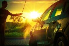 Lavado del coche de la primavera Fotos de archivo libres de regalías