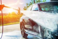 Lavado del coche del verano Fotografía de archivo libre de regalías