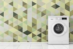 Lavadora blanca moderna delante de Olive Green Geometric T Imagenes de archivo