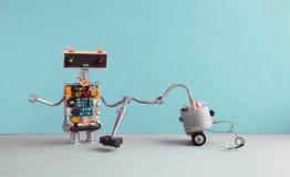 Lavadora del robot de la máquina del aspirador Automatice el concepto del servicio de habitación de limpieza Cyborg robótico del  Imágenes de archivo libres de regalías