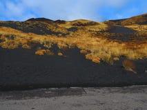 Lavafälten av Mount Etna Arkivbild